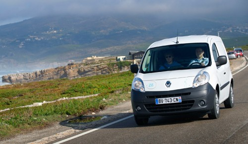 test du renault kangoo ze lectrique partie 2 voiture. Black Bedroom Furniture Sets. Home Design Ideas