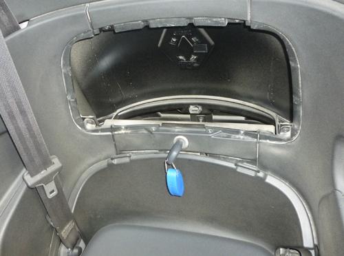 test de la renault twizy ze ibiza 2 2 voiture electrique. Black Bedroom Furniture Sets. Home Design Ideas