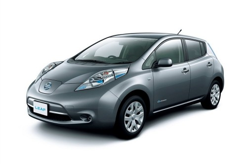 les nouveaut s de la nissan leaf 2013 voiture electrique. Black Bedroom Furniture Sets. Home Design Ideas