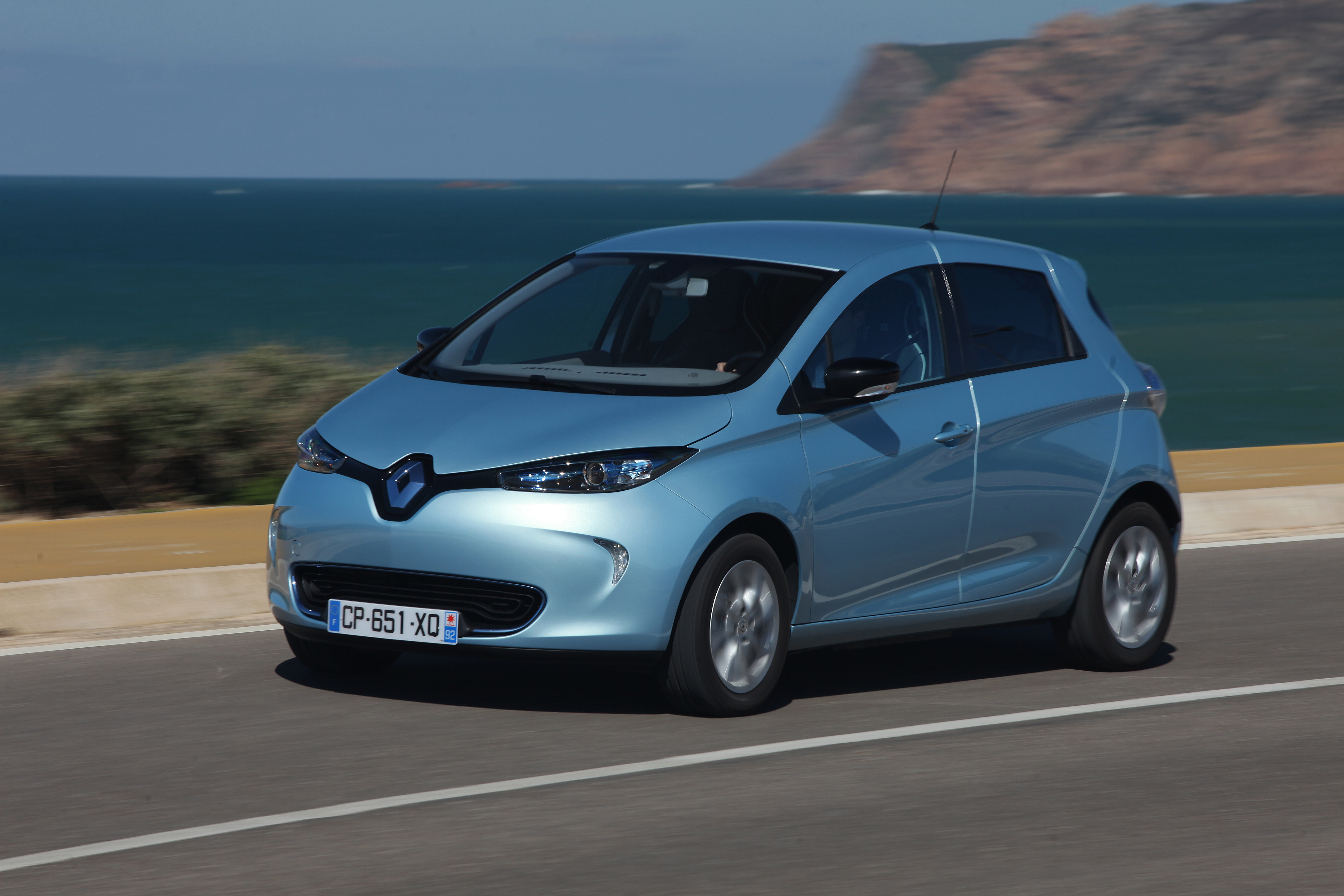 renault zoe bleu voiture electrique. Black Bedroom Furniture Sets. Home Design Ideas