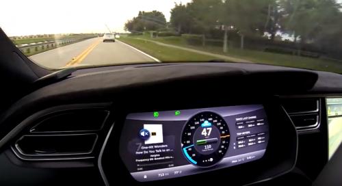 Autopilot : la voiture electrique Tesla devient autonome