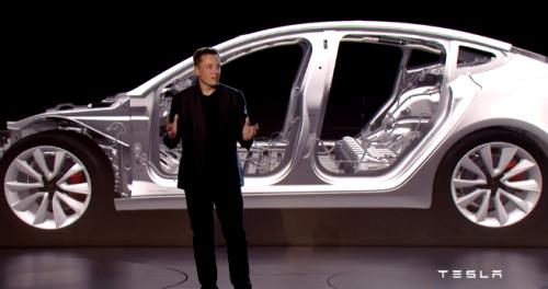 Musk dévoile la Tesla Model 3