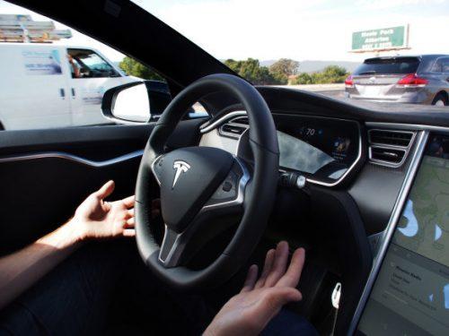 conduite-autonome-tesla