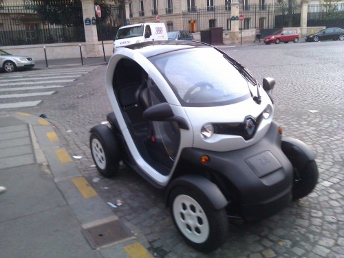 d 39 autolib 39 la twizy ze paris change voiture electrique. Black Bedroom Furniture Sets. Home Design Ideas