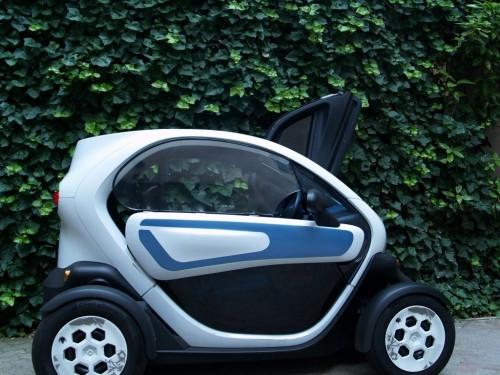 des fen tres pour la renault twizy voiture electrique. Black Bedroom Furniture Sets. Home Design Ideas