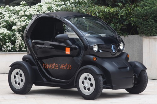 200 voitures lectriques renault nissan pour orange voiture electrique. Black Bedroom Furniture Sets. Home Design Ideas